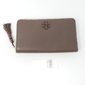 Brand New w/Tag Tory Burch Leather Zip Wallet
